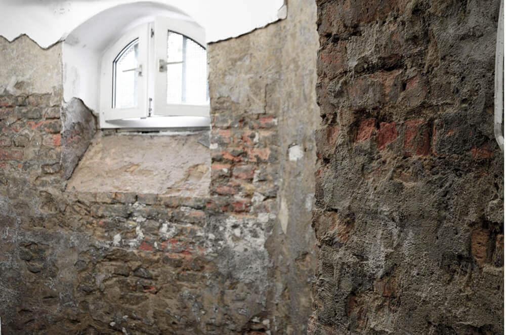 Mauerwerk freilegen (2)