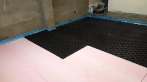 Bodenarbeiten bei der Kellerabdichtung mit Bodenplatten