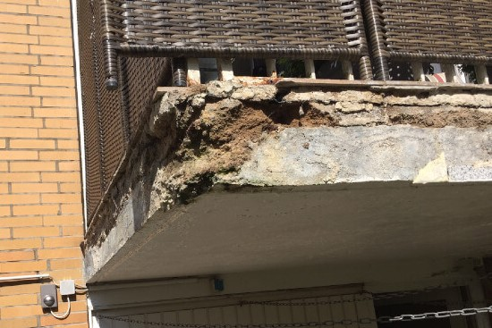 Schaden am Balkon